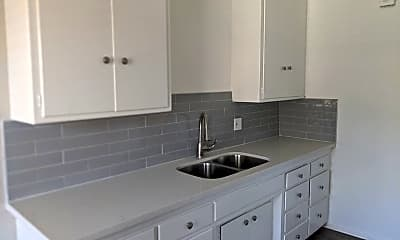 Kitchen, 761 E 46th St, 0