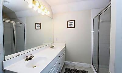 Bathroom, 3365 Bethany Bend, 2