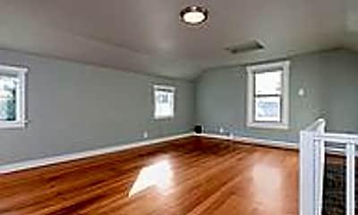 Living Room, 2517 S 15th St, 2