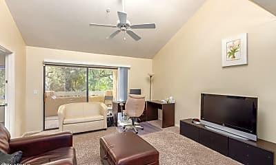 Living Room, 9990 N Scottsdale Rd 2004, 0