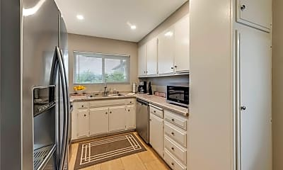 Kitchen, 834 E Fairway Dr, 1