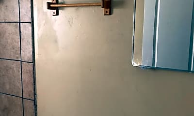 Bathroom, 3403 Terminal Ct, 2
