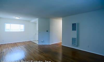 Living Room, 25230 Loytan St, 1