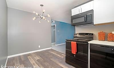 Kitchen, 301 Maple Blvd, 1