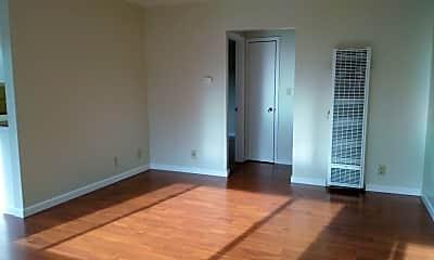 Bedroom, 418 Roosevelt Ave, 1