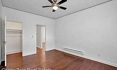 Bedroom, 1411 Grand St, 2