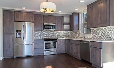 Kitchen, The Edge at City Park Apartments, 2