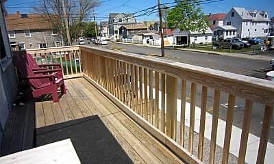 Patio / Deck, 880 E Broadway, 1