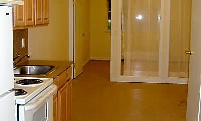 Kitchen, 1352 Dekalb Ave, 2