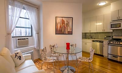 Dining Room, 90 Thompson St D4, 1