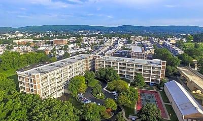 Bridgeview Apartments, 1