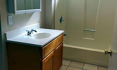 Bathroom, 2300 High St, 2