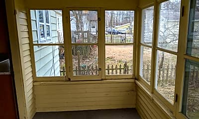 Patio / Deck, 313 Oak St, 1