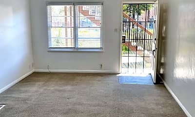 Living Room, 337 Lime Ave, 0