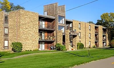 Building, Cedar Gate, 0