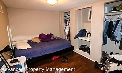 Bedroom, 1006 Laramie St, 2