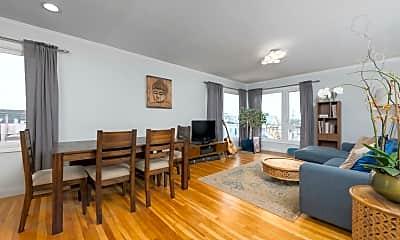 Living Room, 607 Naples St, 1