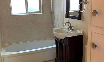 Bathroom, 824 23rd St NW, 2