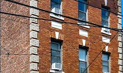 Building, 173 Sherman Ave 1, 0