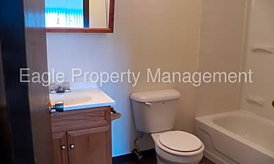 Bathroom, 1200 Meadowview Dr, 2