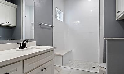 Bathroom, 703 Avenue J, 2