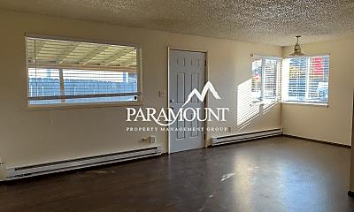 Living Room, 2647 Schley Blvd, 1