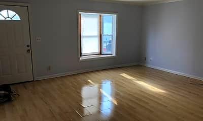 Living Room, 522 N 29th St, 1