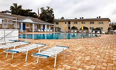 Pool, 1301 N 12th Ct 10A, 2