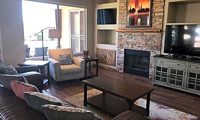 Living Room, 33317 N 71st St, 0