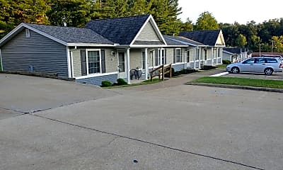 Rolling Hills Townhomes & Cottages, 0