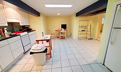 Kitchen, 82 Archer Ln, 1