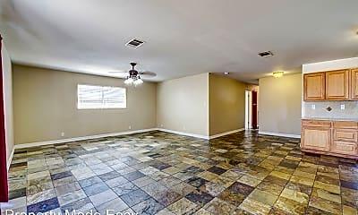 Living Room, 3990 Syracuse Dr, 1