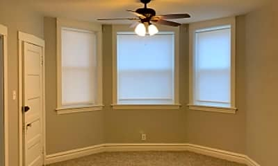 Bedroom, 4746 N Linder Ave, 1