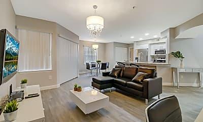 Living Room, 7360 Westpointe Blvd, 0