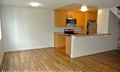Kitchen, 1406 Sycamore Dr, 1