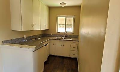 Kitchen, 4484 Main St, 2