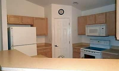 Kitchen, 631 Hawthorne Ave S, 1