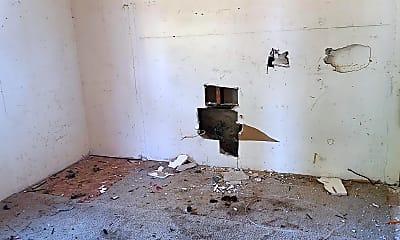 Living Room, 2009 N Ave, 2