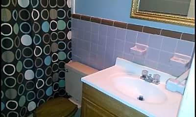 Bathroom, 5131 Greenway, 2