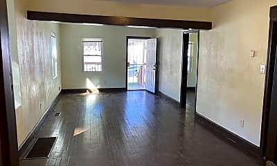 Living Room, 5925 Wabash Avenue, 1