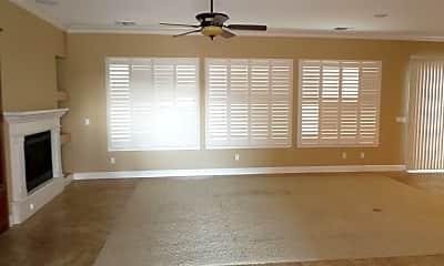 Living Room, 2104 N Vickie St, 1