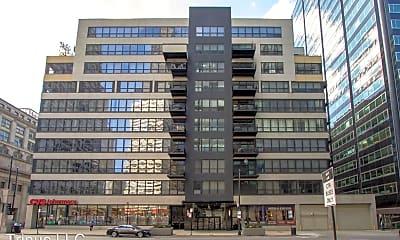Building, 130 S Canal Street Apt 809, 0