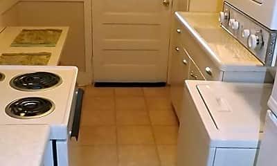 Kitchen, 3015 1/2 Cardinal Dr, 1