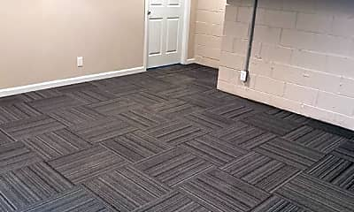 Bedroom, 3901 Clarendon Rd, 2