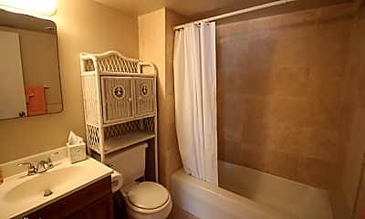 Bathroom, 822 Island Ct, 1