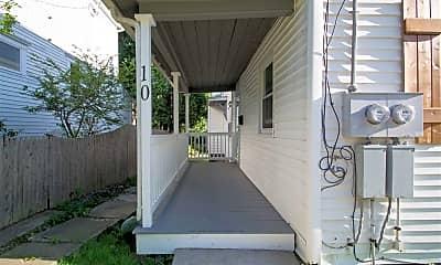 Patio / Deck, 10 Hough St, 1