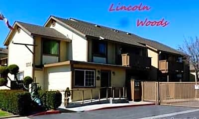 Lincoln Woods, 1