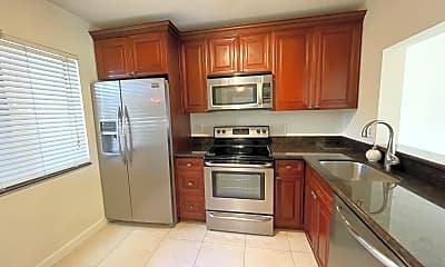 Kitchen, 6585 Somerset Dr 104, 1