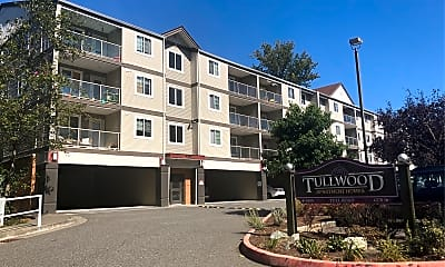 Tullwood Apartments, 1