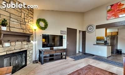 Living Room, 211 Wright St, 1